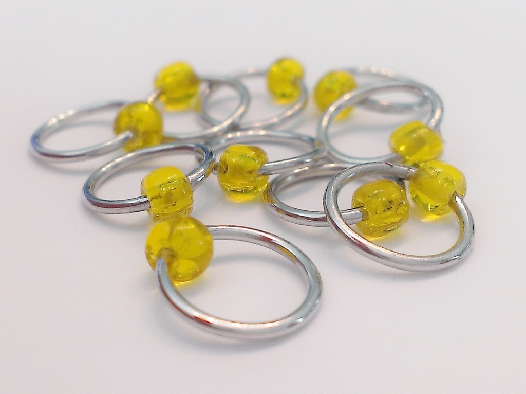 Stitch Markers for small needles. Perfect for socks and lace work.